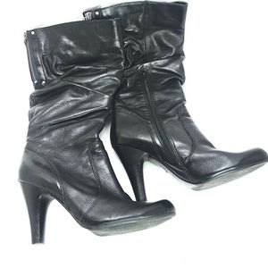 GUESS boots, Black w/Heels & Zippered Back, Size 8